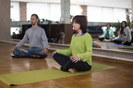 Йога-нидра: история возникновения и техника выполнения